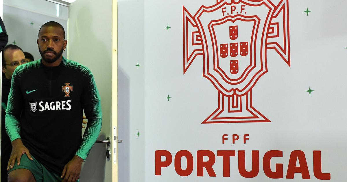 Ronaldo doesn't look at all worried about his future, says Portugal teammate Manuel Fernandes