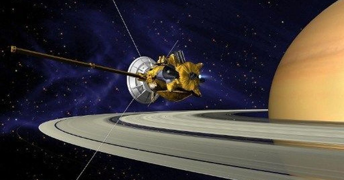 Nasa spacecraft Cassini suggests there might be alien life on Saturn's moon Enceladus