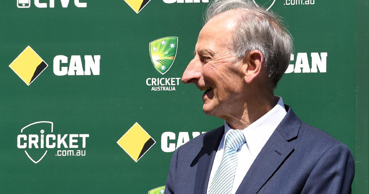 'It's been a wonderful journey': Iconic Australian commentator Bill Lawry confirms retirement