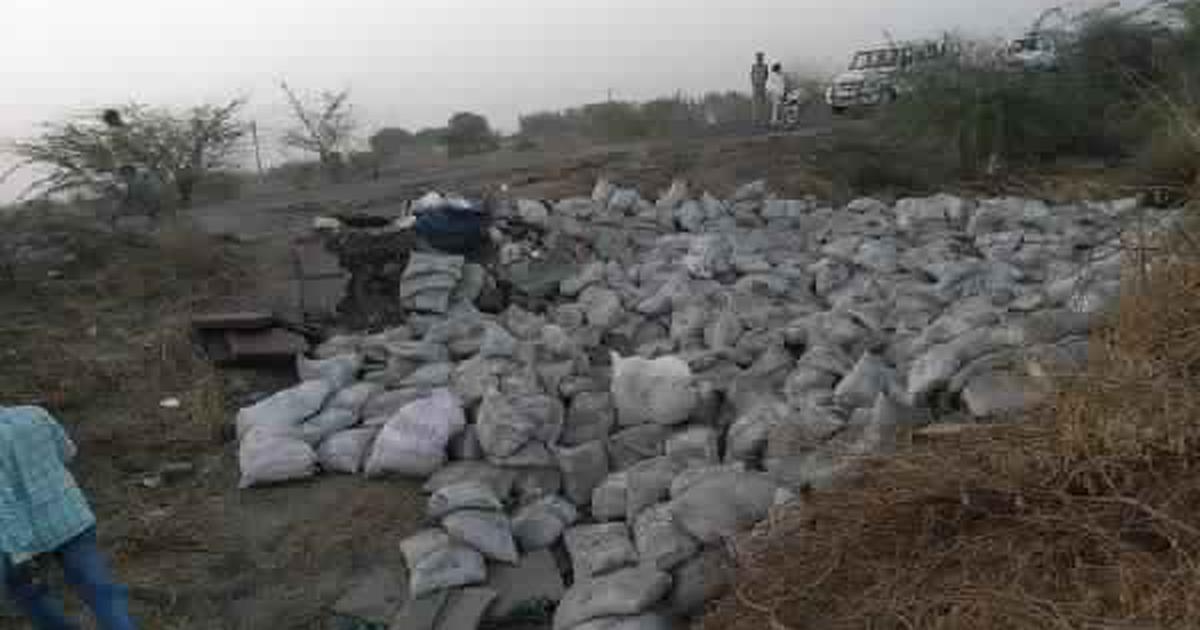 गुजरात : सड़क दुर्घटना में 19 लोगों की मौत