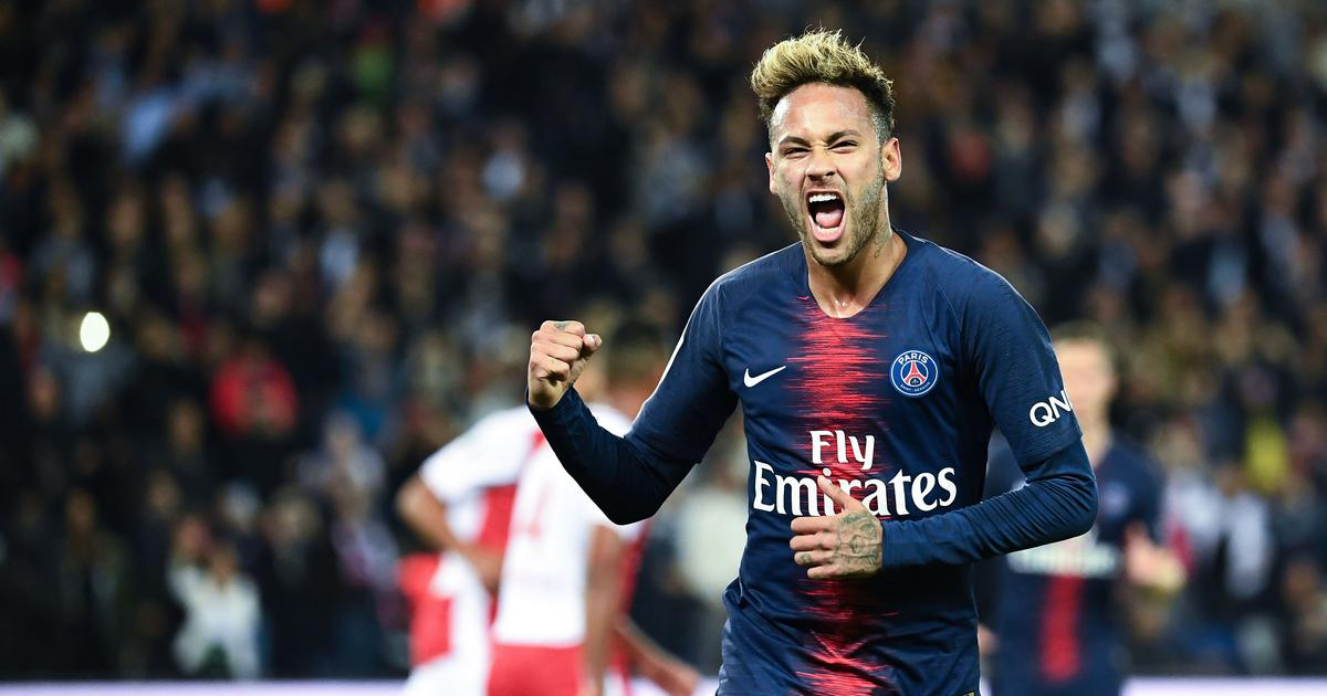 Football: Barcelona officials in Paris to conduct talks for transfer of Neymar, claims report