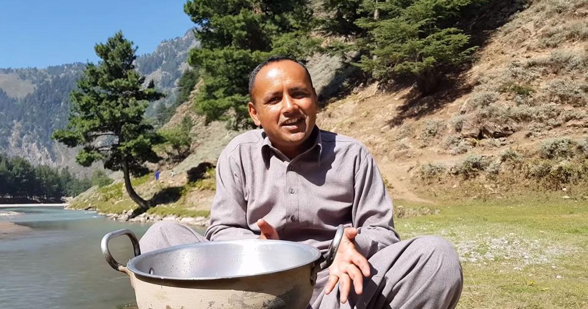 Village Food Secrets: A Pakistani villager's cooking channel