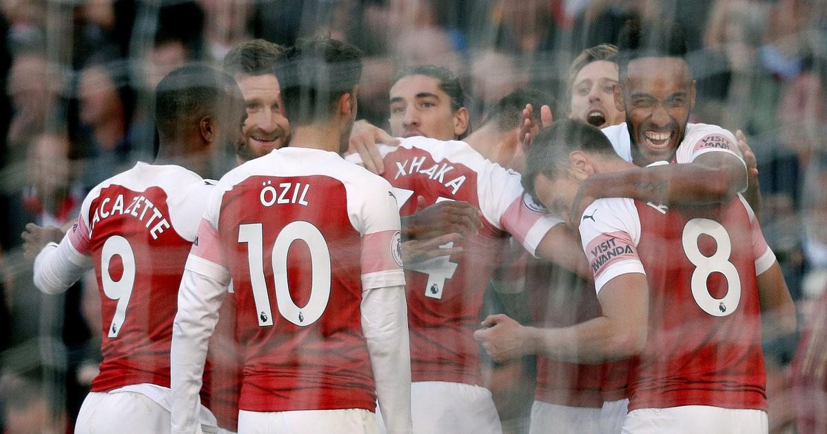Controversial goal, wasteful Everton give Arsenal fourth consecutive Premier League win