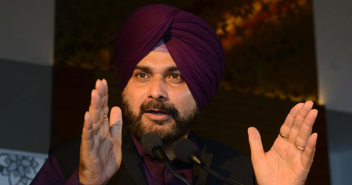 Punjab: Navjot Sidhu releases video of police firing during 2015 protests against alleged sacrilege