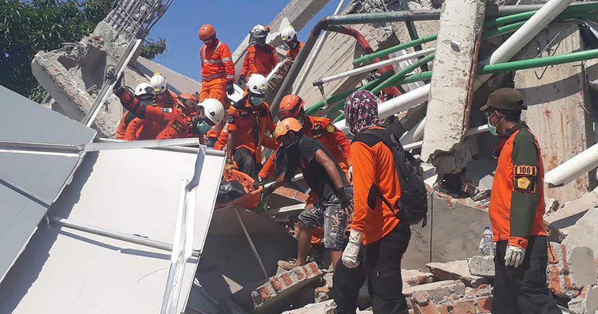 इंडोनेशिया में भूकंप और सुनामी से मरने वालों की संख्या 1234 हुई