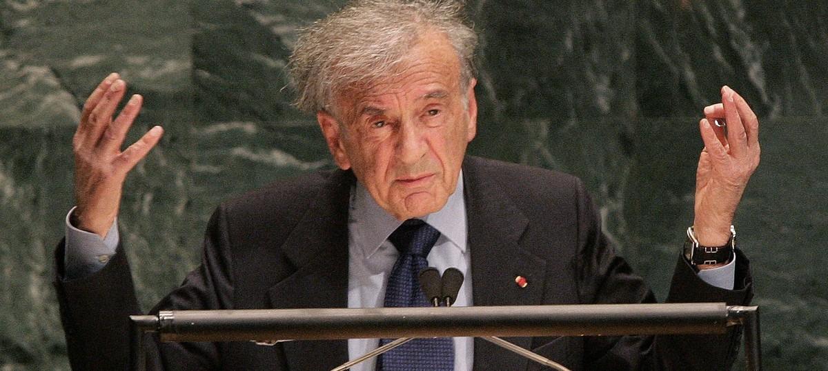 Nobel Peace Prize winner Elie Wiesel, who survived Auschwitz, dies