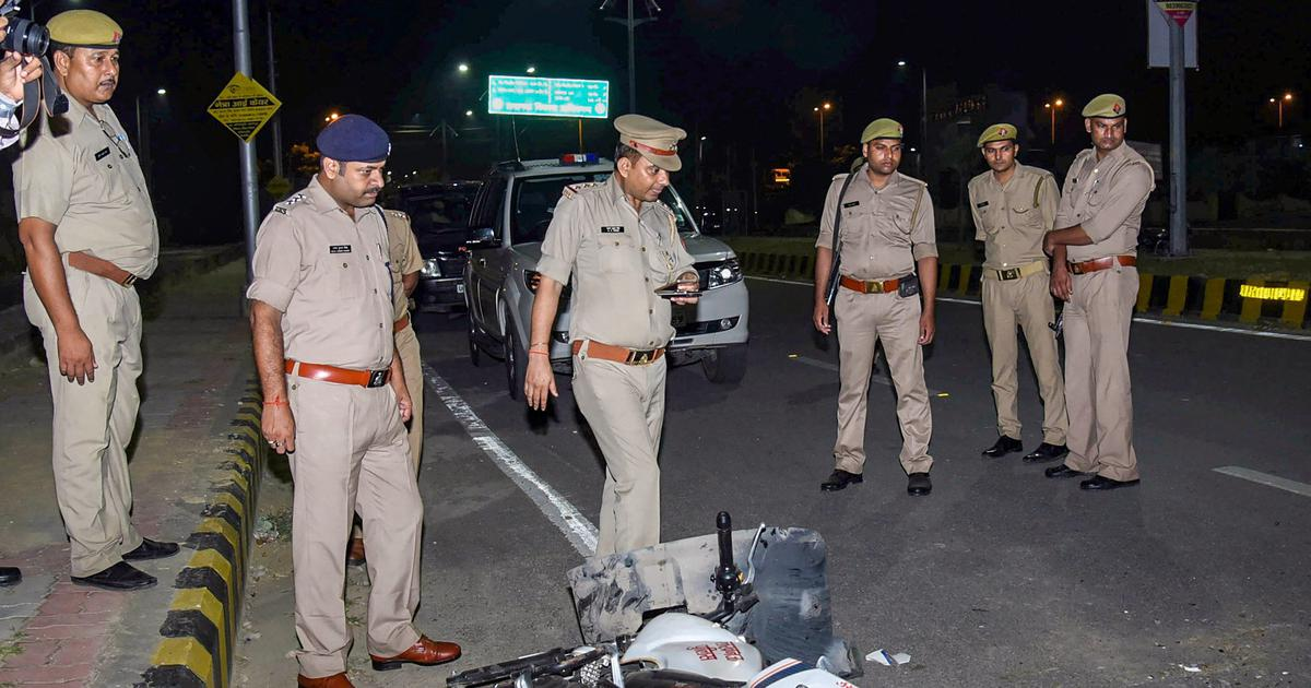 Lucknow: UP police recreate Vivek Tiwari's alleged murder scene