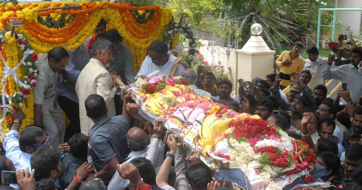 Hyderabad: Hospital sacks four employees for selfie with body of TDP leader Nandamuri Harikrishna