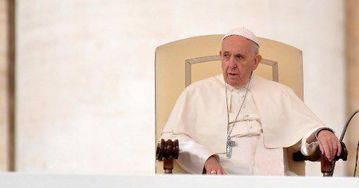 Pope accepts Chilean bishops' resignation over abuse scandal