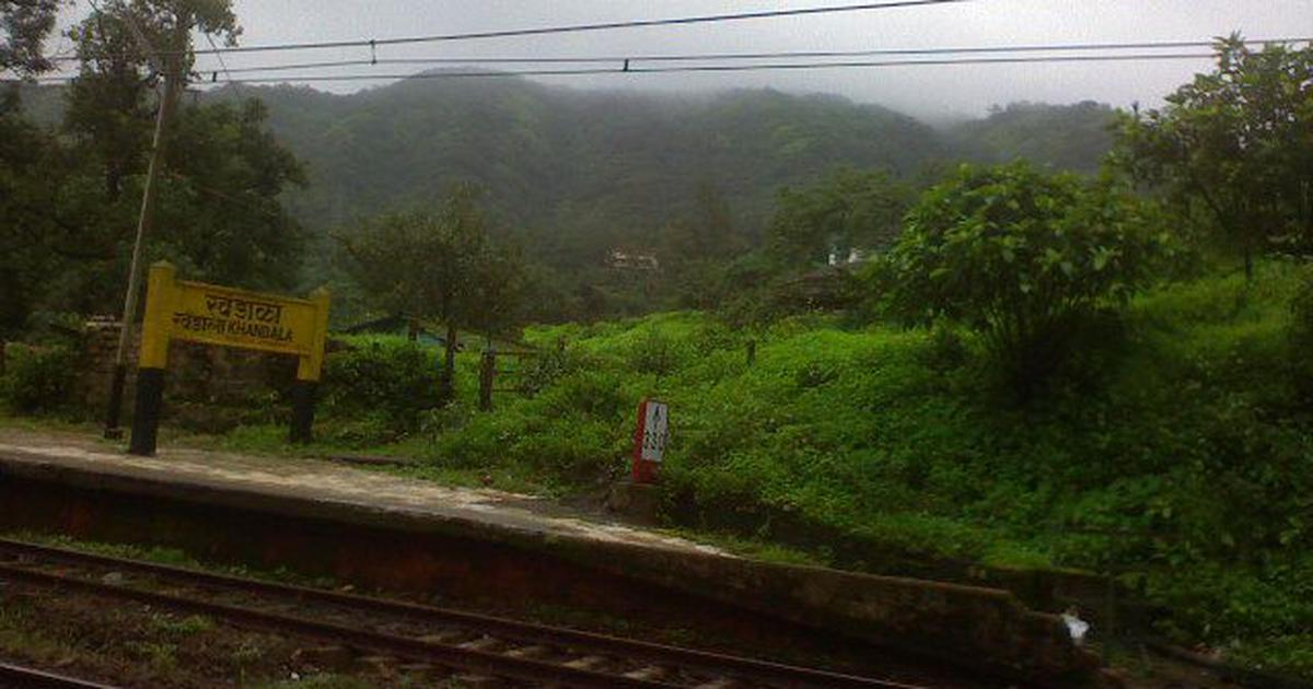 Maharashtra: Madurai Express coach derails at Khandala station, no injuries reported
