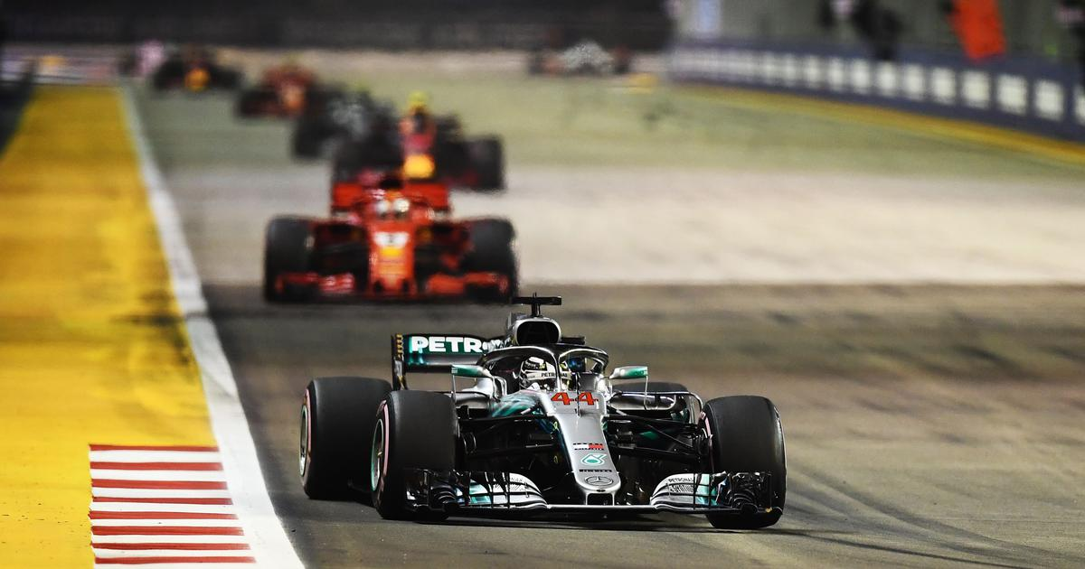 Hamilton wins Singapore Grand Prix, stretches title lead over Vettel to 40 points
