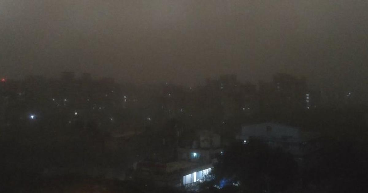 Delhi: Dust storm and strong winds hit national capital, airport operations suspended