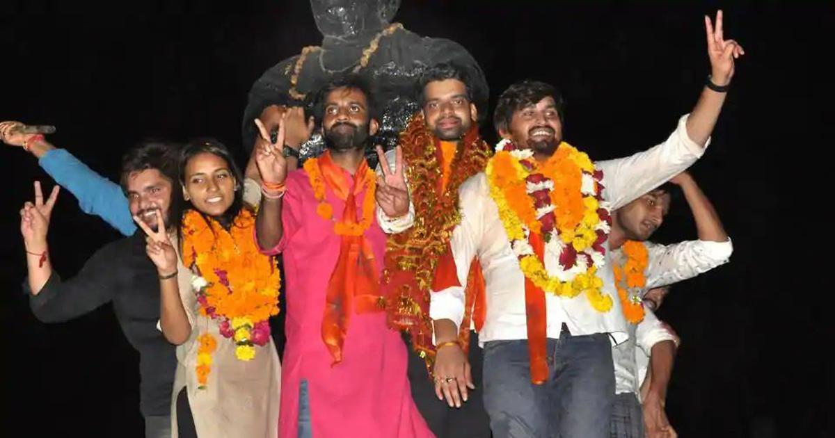 दिल्ली विश्वविद्यालय : फर्जी डिग्री मामले में एबीवीपी ने छात्रसंघ अध्यक्ष का बचाव किया