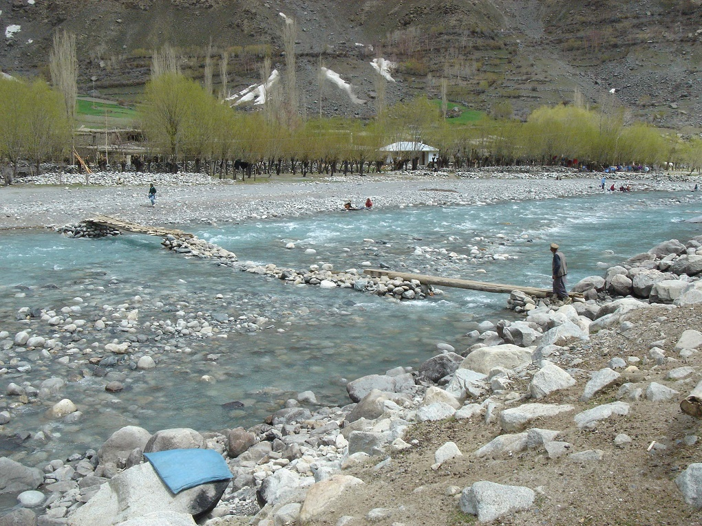 Poor infrastructure makes travel – and rescue operations – difficult in Chitral [image by Ground Report]