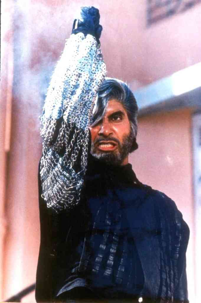 Amitabh Bachchan in Shahenshah (1988), directed by Tinnu Anand.