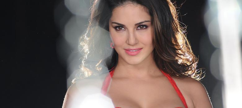 Film review: Sunny Leone gyrates vigorously through 'Kuch Kuch Locha Hai' but she still can't act