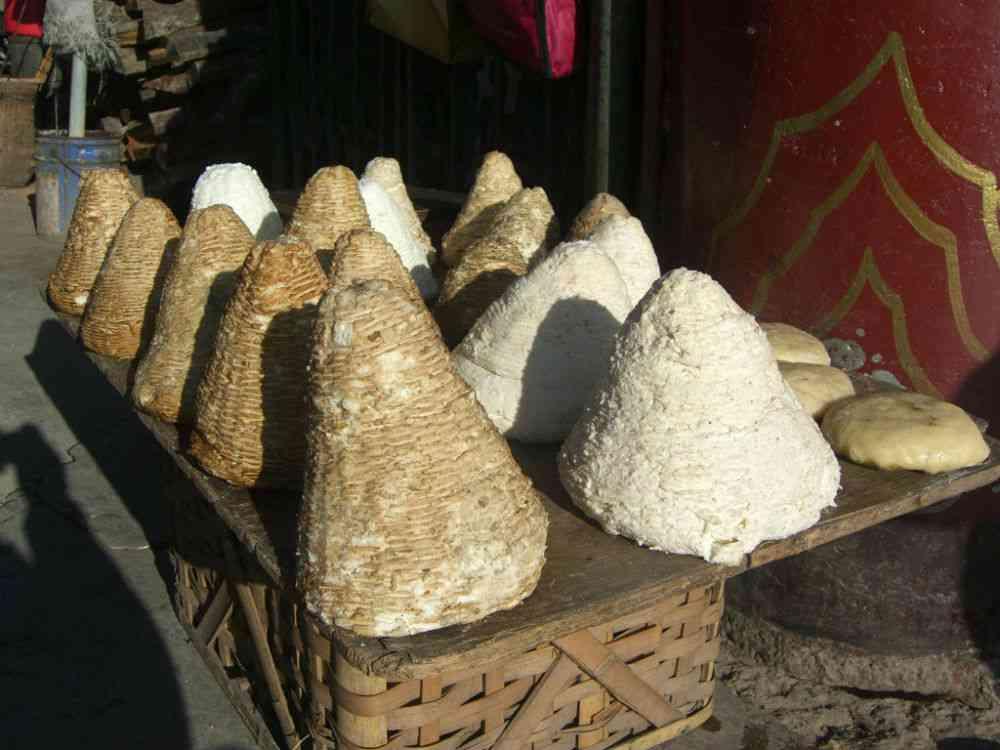 Tibetan Churu cheese. Photo credit: Logan/via Wikimedia Commons [Creative Commons Attribution BY-SA 2.0]