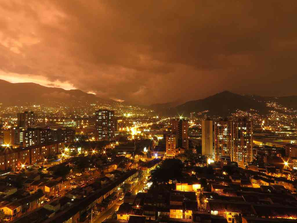Medellín, which was the most dangerous city a few decades ago, has undergone a remarkable transformation. Photo credit: Zomogy/Pixabay [Creative Commons CC0]