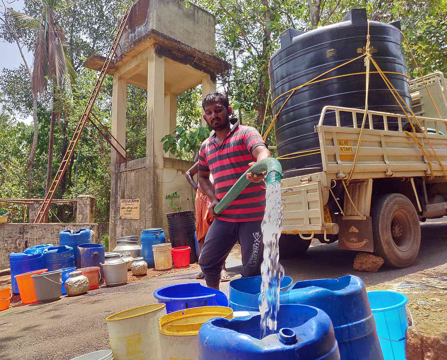 Pallikkulam Colony gets water once in three days. Photo credit: TA Ameerudheen