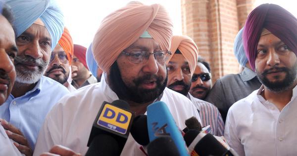 नवजोत सिंह सिद्धू का पाक सेना प्रमुख से गले मिलना गलत है : अमरिंदर सिंह