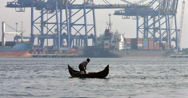 भारत द्वारा 30 अमेरिकी वस्तुओं पर सीमा शुल्क में छूट रोके जाने सहित दिन के बड़े समाचार