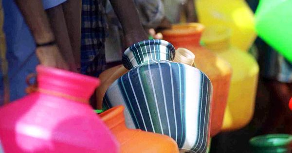 As lakes run dry in Chennai, residents are desperate for a few buckets of water