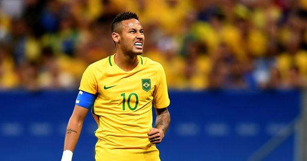 Neymar's recovery from foot injury on track for World Cup return, says Brazil team doctor