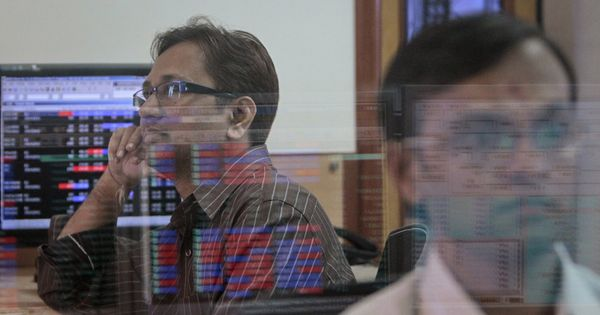 Sensex, Nifty break records for second straight day due to positive IT stocks, optimism about Budget