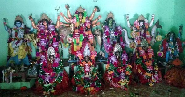 बंगाल की एक देवी जो हाल तक जितनी हिंदुओं की थीं उतनी ही मुसलमानों की भी थीं