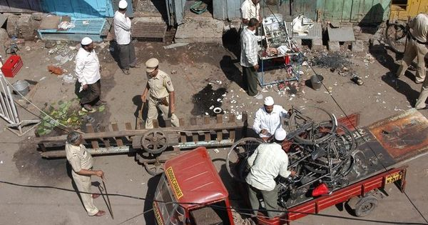 Malegaon blasts case: Bombay HC allows victim to intervene in plea by accused Lt Col Prasad Purohit