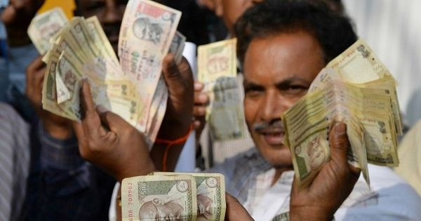 RBI says it is using 'sophisticated machines' to check the accuracy of demonetised notes deposited