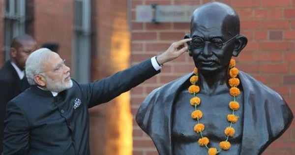 Narendra Modi diminished his office by selectively invoking Mahatma Gandhi in Parliament