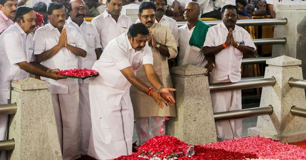 AIADMK factions brace for tough talks as Palaniswami's narrative of sacrifice irks Panneerselvam