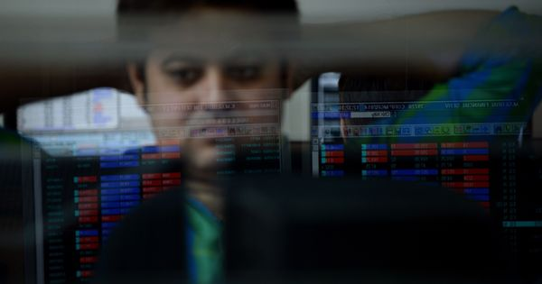 Markets extend losses a day after RBI cut its key rates