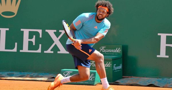 Jo-Wilfried Tsonga latest seed to be stunned, Grigor Dimitrov survives scare at Queens