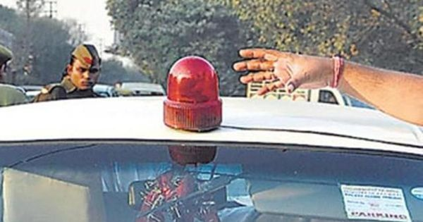 Centre bans red beacons on official cars of all ministers, including PM, from May 1