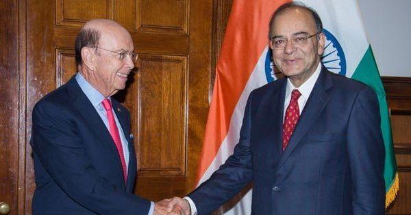 एच-1बी वीजा पर कोई फैसला लेने से पहले अमेरिका भारतीय पेशेवरों के योगदान का ख्याल रखे : भारत