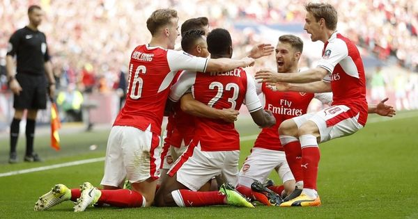 Sanchez's extra-time winner helps Arsenal down Manchester City 2-1 and book a place in FA Cup final