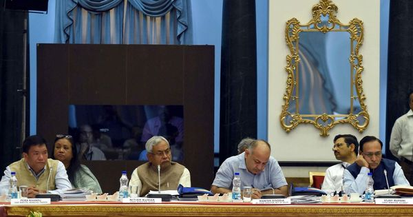 Narendra Modi pitches for simultaneous elections at Niti Aayog meeting