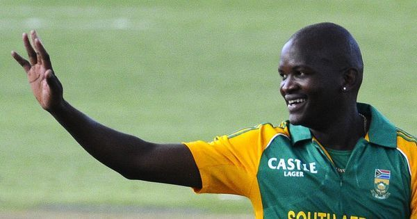 Former South Africa cricketer Lonwabo Tsotsobe suspended for match-fixing