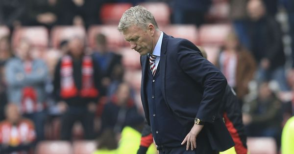 David Moyes resigns as manager after Sunderland relegation