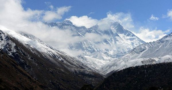 China differs with Nepal over height of Mount Everest: Report