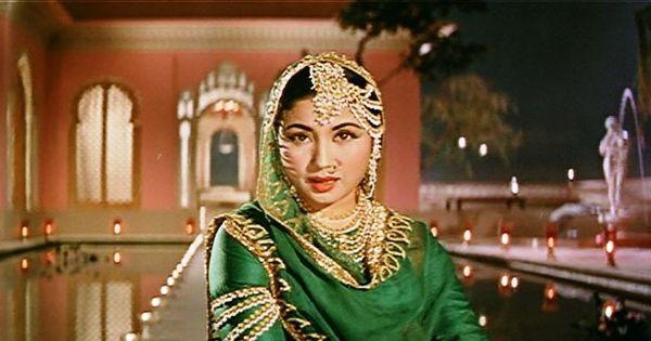 जब मीना कुमारी पर फिल्माए गए एक अमर गीत में वे होकर भी नहीं थीं!