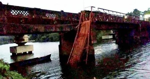 South Goa: One dead, 30 missing as Portuguese-era bridge collapses in Curchorem village