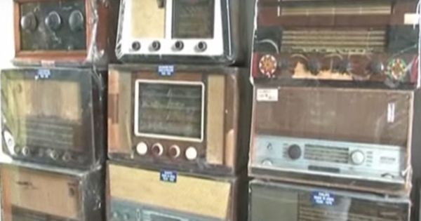 Watch: This auto-rickshaw driver built his own radio museum from scratch