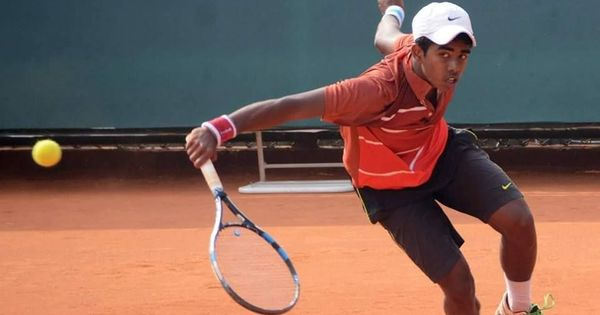 Abhimanyu Vannemreddy on verge of  French Open junior wildcard, Malikaa Marathe bows out