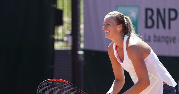 French Open: Petra Kvitova secures dominant win over Julia Boserup in the first round