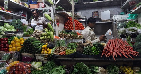 Covid: Maharashtra grocery stores to operate between 7 am to 11 am, home delivery allowed till 8 pm