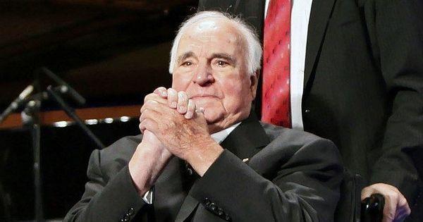 Man behind German reunification, Helmut Kohl, dies at 87