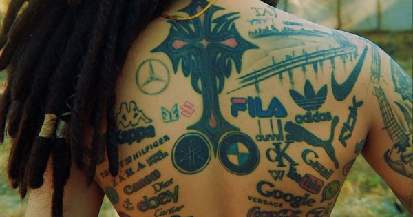 Watch: The man who has over 300 tattoos on his body, dedicated to the brands he loves